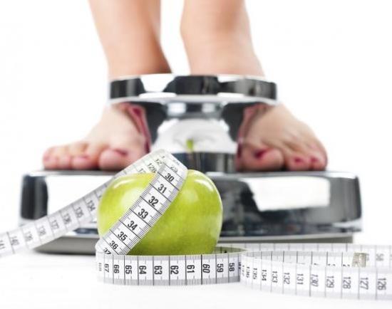 como calcular a quantidade de calorias diarias para perder peso