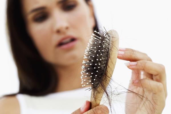 Los cabellos después del tratamiento de la glándula tiroides