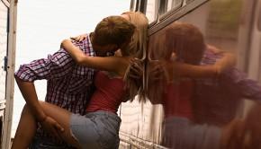 1425542 290x166 - La verdad sobre el sexo entre amigos