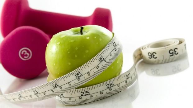 aumento de peso 620x350 - 4 formas de comer que conducen al aumento de peso: ¿cuál sigues tú?