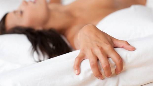 orgasmo femenino 620x350 - 5 claves del orgasmo femenino: cómo conseguirlo