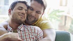 porno gay 290x166 - ¿Por qué tantas mujeres se excitan con el porno gay?