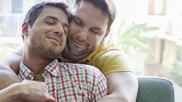 porno gay 620x350 - ¿Por qué tantas mujeres se excitan con el porno gay?