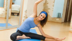 ejercicios en casa.33 290x166 - Ejercicios para adelgazar en casa y mantenerse en forma