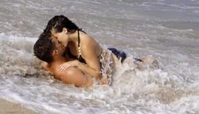 sexo en el agua 2 290x166 - Sexo en el agua. Ventajas e inconvenientes