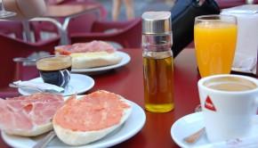 Desayuno en Sevilla 290x166 - Desayuno sano: fundamental para perder peso