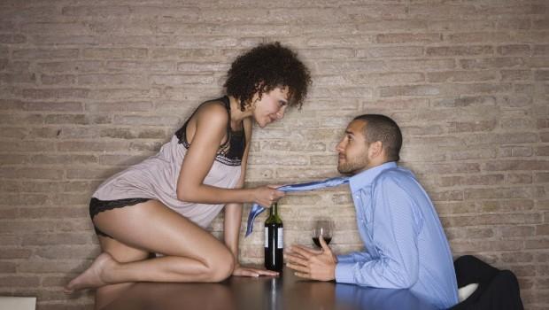 cómo seducir a un hombre 620x350 - Cómo seducir a un hombre en 10 pasos