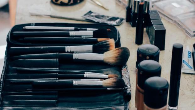 maquillaje acné MQS2 620x350 - Maquillaje para disimular el acné