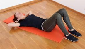 ejericios en casa 290x166 - Mantén la forma y adelgaza haciendo ejercicios en casa