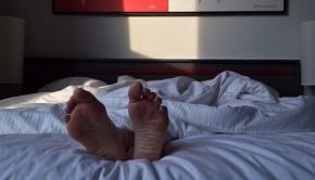 feet 2308646  340 290x166 - Descansa estas vacaciones: los trastornos del sueño