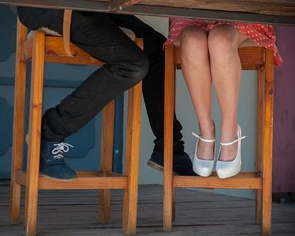 feet 1042336  340 - ¡Atención! Lo que debes y no debes hacer en una primera cita