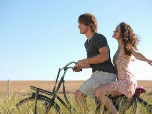 cosas que hacen las parejas felices