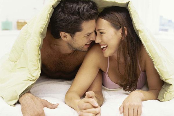 sexo esporádico entre amigos