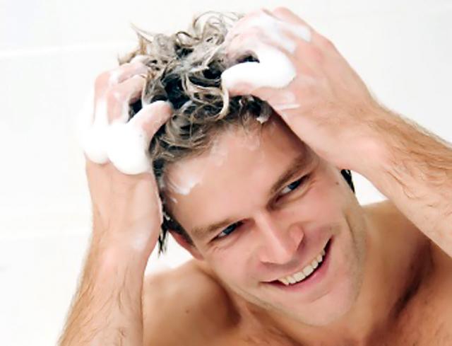 La máscara para el crecimiento de los cabello de las vitaminas las revocaciones