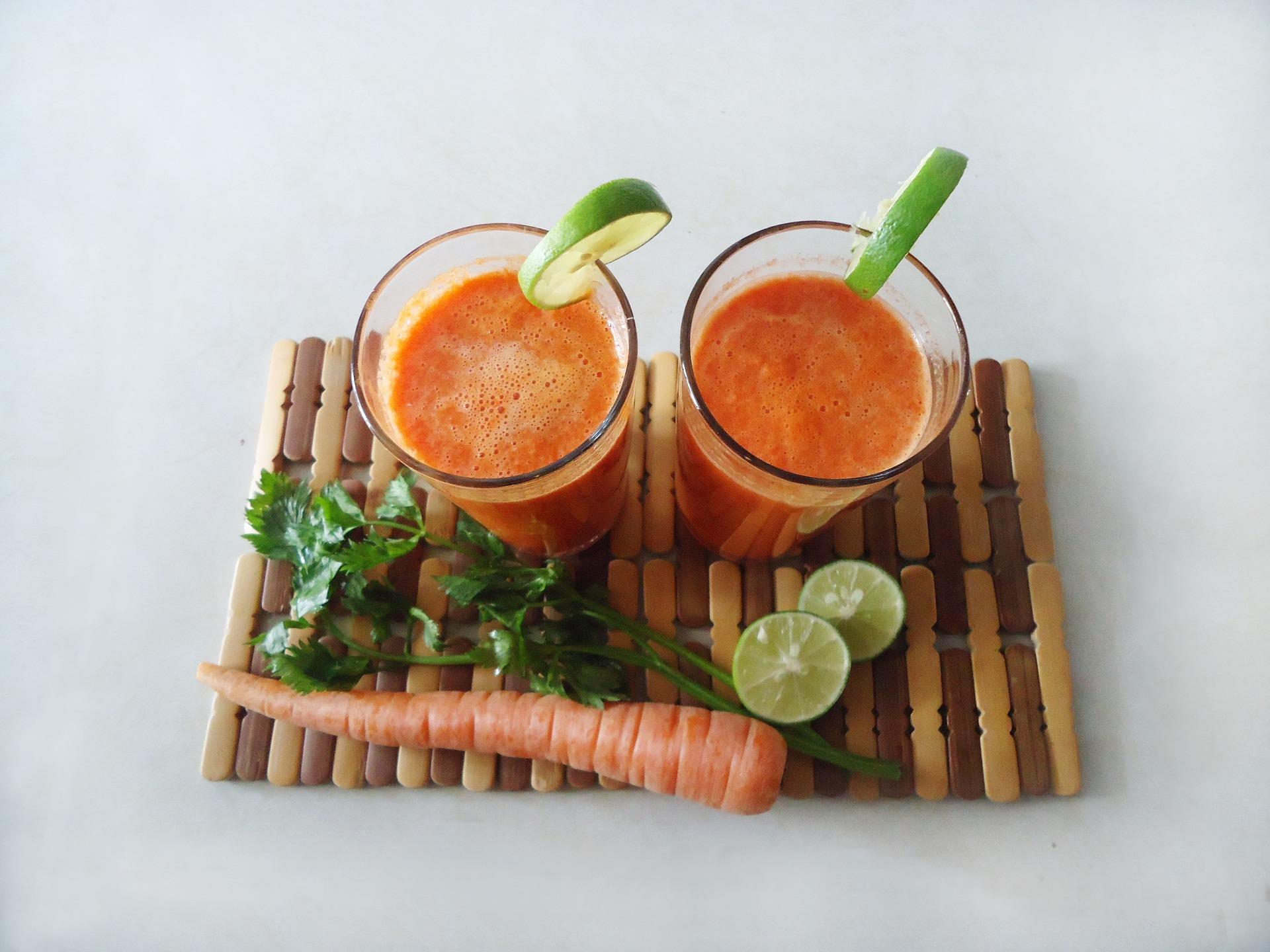 vitamina c-batido-jugo-beber