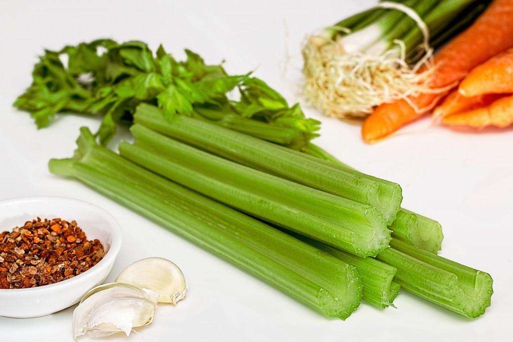 vitaminac-rama-apio-jugo