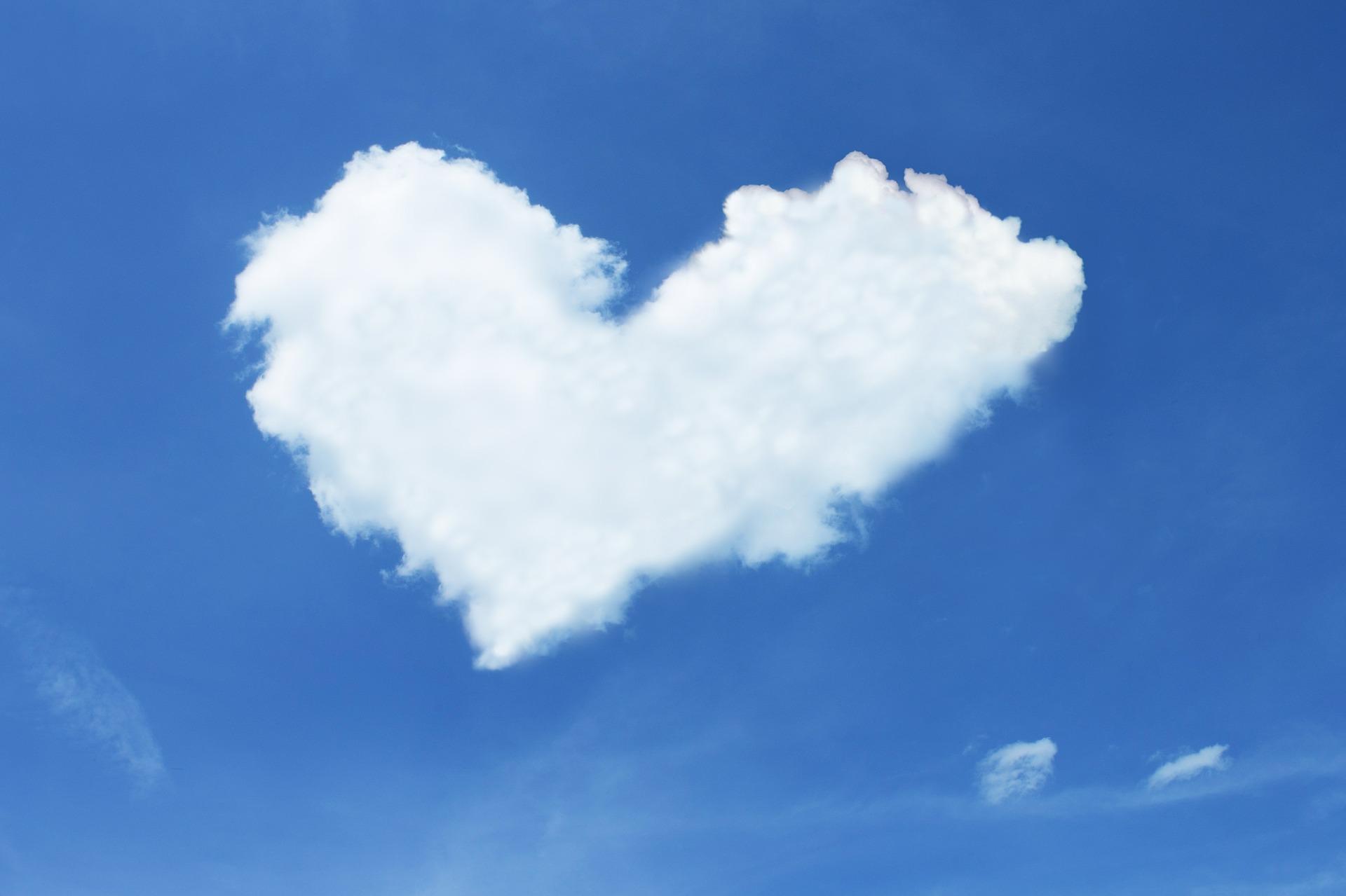 salud-dia-mundial-de-la-salud-corazon-felicidad