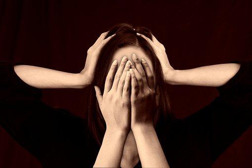 woman 2696408  340 - La migraña: todo lo que necesitas saber para solucinarla