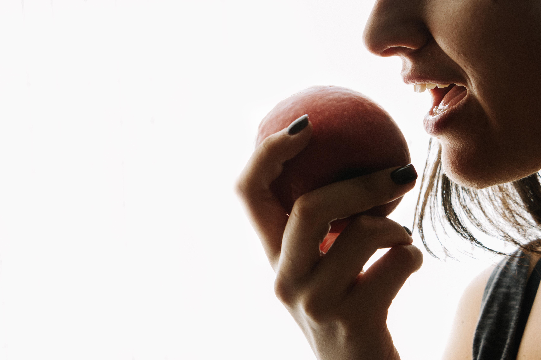 153142 OU5TSL 192 - ¿Qué comer para combatir el estrés?